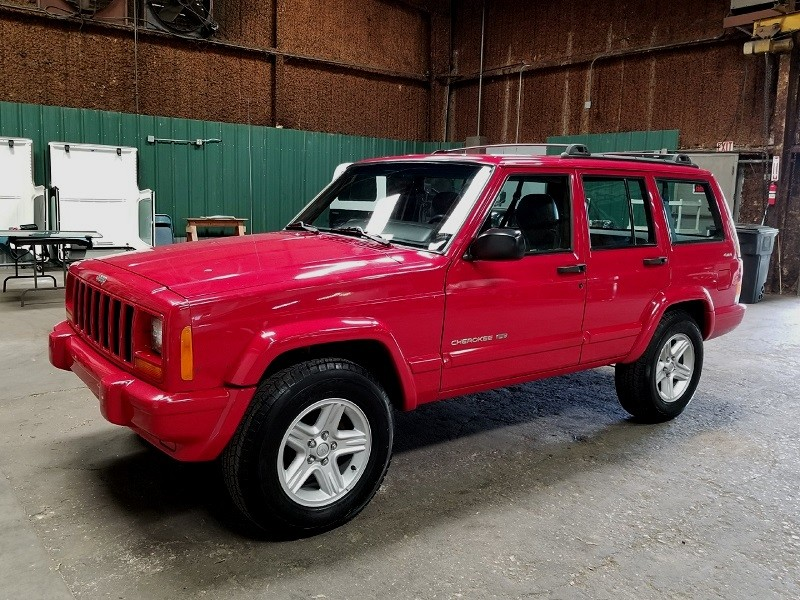 Good 2001 Jeep Cherokee Classic Limited 4WD Survivor...Sorry, Already SOLD.
